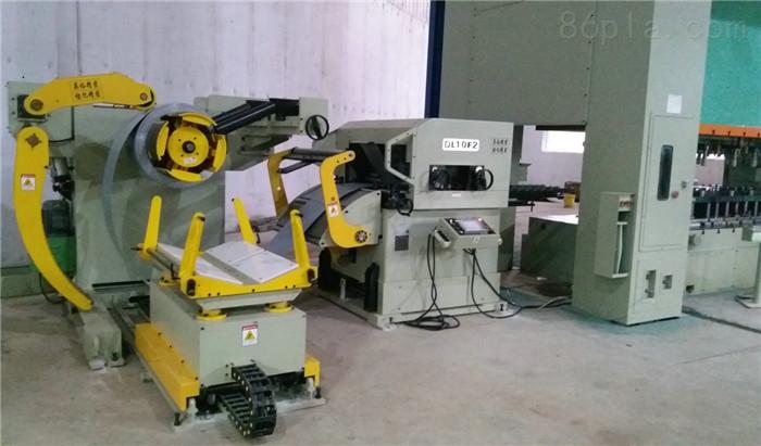 中板三合一送料机生产线