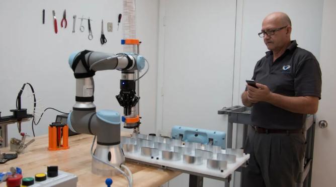 协作机器人——赋能中小企业的自动化技术